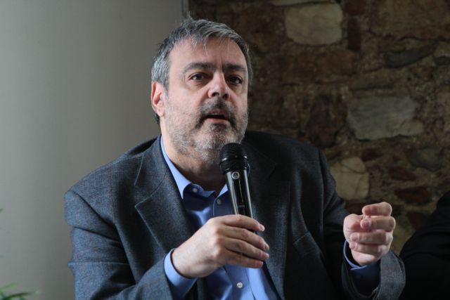 Βερναρδάκης: Οι ρατσιστικές φράσεις και πράξεις έχουν ονοματεπώνυμα | tovima.gr