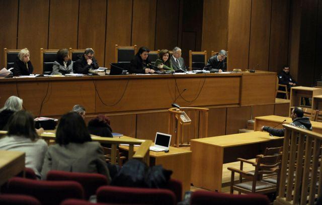 Δίκη Χρυσής Αυγής: «Σε online επικοινωνία η ηγεσία της οργάνωσης με τους επίδοξους δολοφόνους» | tovima.gr