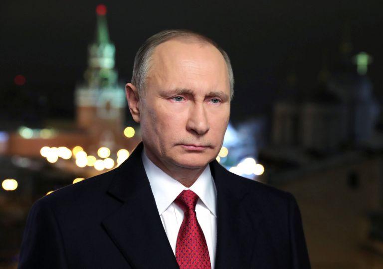 Μυστικές υπηρεσίες ΗΠΑ: Εκστρατεία υπέρ του Τραμπ έκανε ο Πούτιν   tovima.gr