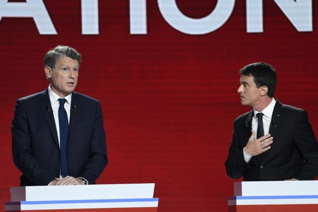 Γαλλία: Στη σκιά του Μακρόν και του Μελανσόν, η Κεντροαριστερά εκλέγει ηγέτη | tovima.gr