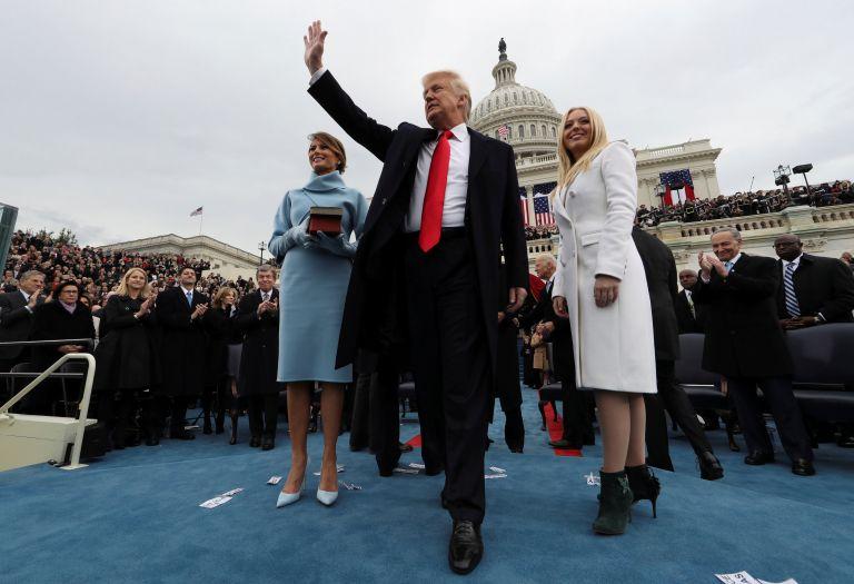 Τραμπ: «Πρώτα η Αμερική – Μας προστατεύει ο Θεός» | tovima.gr