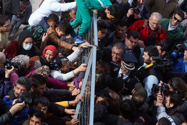 Ύπατη Αρμοστεία: Έκκληση για συνέχιση της μετεγκατάστασης αιτούντων άσυλο | tovima.gr