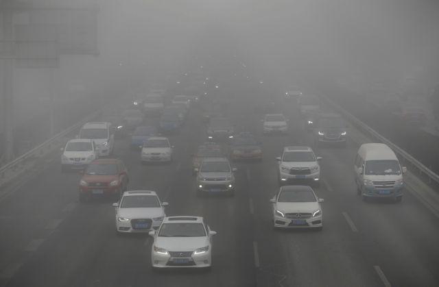 Διακόπτεται η παραγωγή 553 αυτοκινήτων στην Κίνα λόγω ρύπανσης | tovima.gr