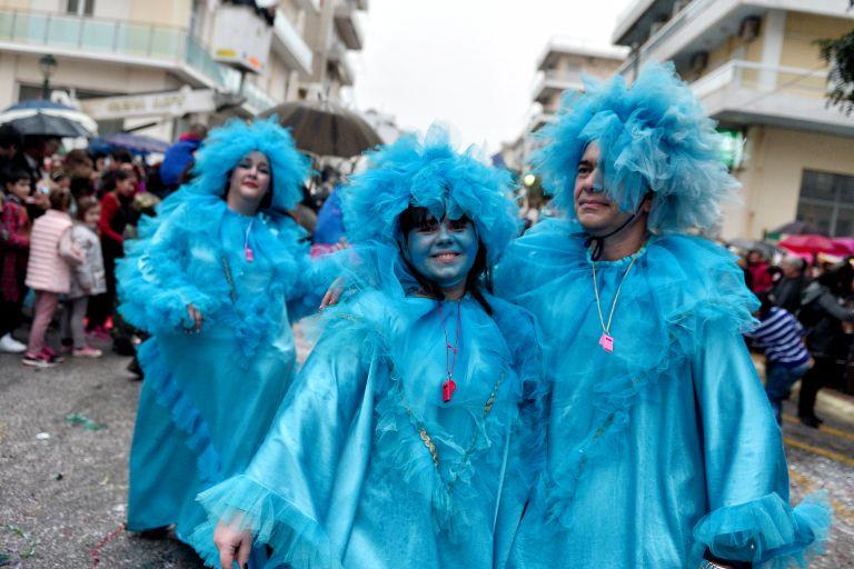 Η ΕΛ.ΑΣ σημαίνει συναγερμό για τους «μασκαράδες» | tovima.gr