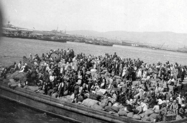 Πλούσιο αφιέρωμα για τα 95 χρόνια από την καταστροφή της Σμύρνης | tovima.gr
