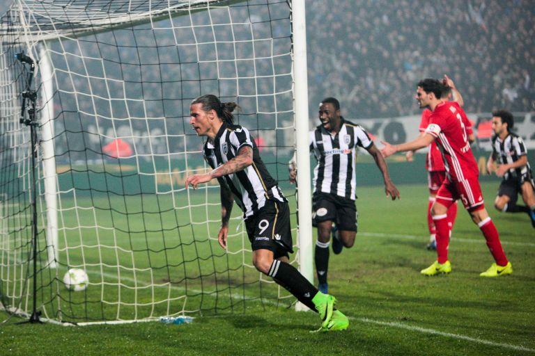 Ο ΠΑΟΚ νίκησε τον Ολυμπιακό στην Τούμπα με 2-0 | tovima.gr