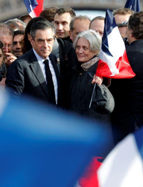 Αναζητώντας τον «σωτήρα» της γαλλικής Δεξιάς   tovima.gr