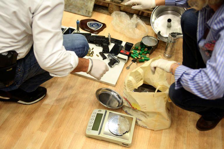 Χανιά: Συλλήψεις για κατοχή και διακίνηση κοκαΐνης | tovima.gr