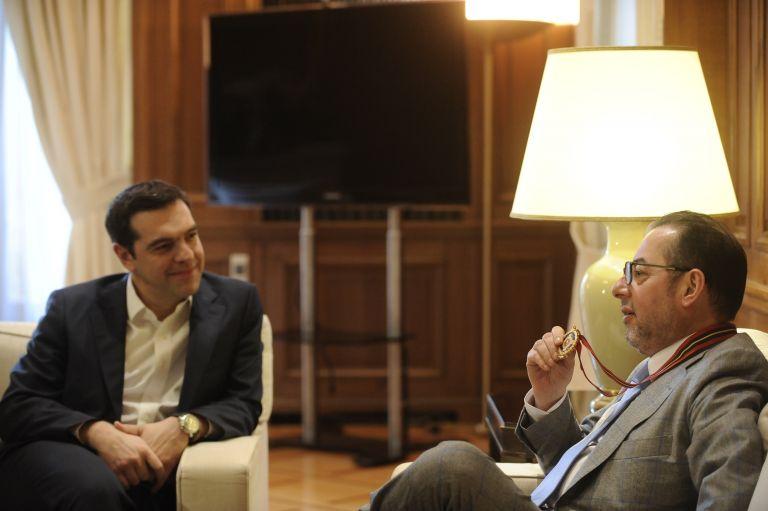Επαναφορά συλλογικών διαπραγματεύσεων ζητούν Τσίπρας-Πιτέλα   tovima.gr