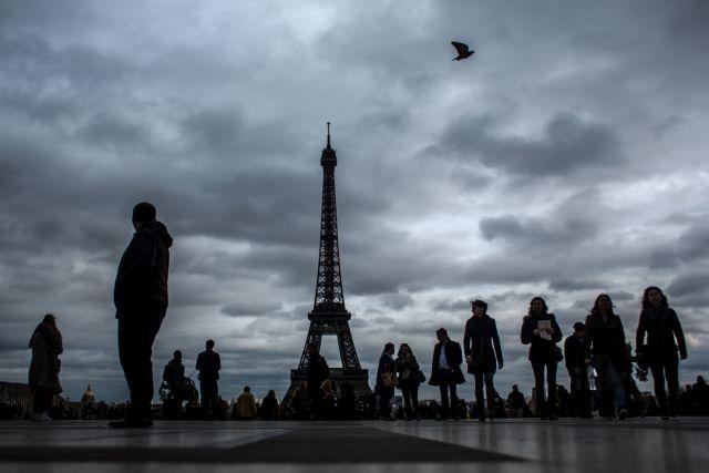Το 79% των Γάλλων πιστεύει τουλάχιστον σε μια θεωρία συνωμοσίας   tovima.gr
