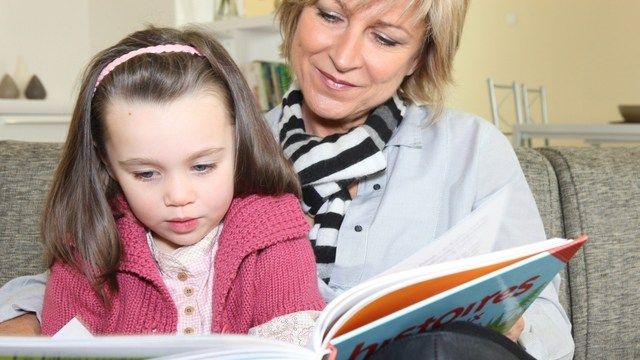 Καλύτερες μητέρες οι γυναίκες που αποκτούν παιδιά σε μεγάλη ηλικία | tovima.gr