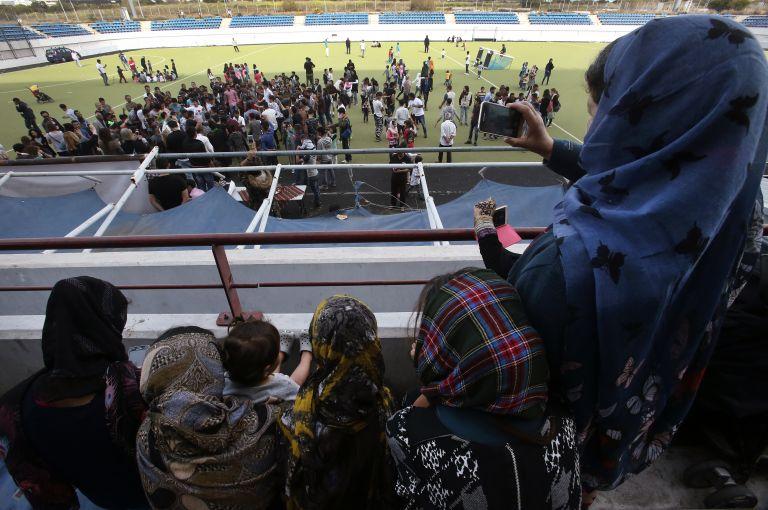 Αντίθετοι στη μετακίνησή τους στη Θήβα οι πρόσφυγες από το Ελληνικό | tovima.gr