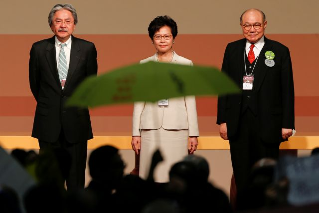 Η Κάρι Λαμ, εκλεκτή του Πεκίνου, πρώτη γυναίκα «στο τιμόνι» του Χονγκ Κονγκ   tovima.gr