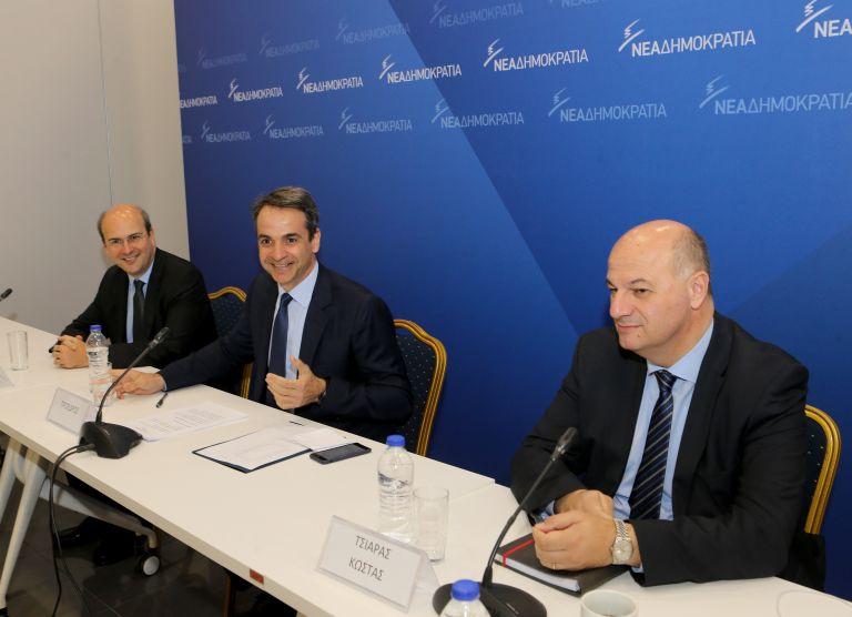 Επίθεση σε όλα τα μέτωπα κατά της κυβέρνησης από τη Νέα Δημοκρατία | tovima.gr