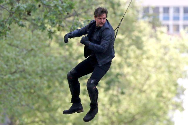 Κασκαντέρ ο Κρουζ για τις ανάγκες του Mission: Impossible 6 | tovima.gr