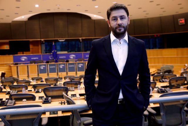 Ανδρουλάκης: Προφανής κοροϊδία οι 10.000 προσλήψεις | tovima.gr