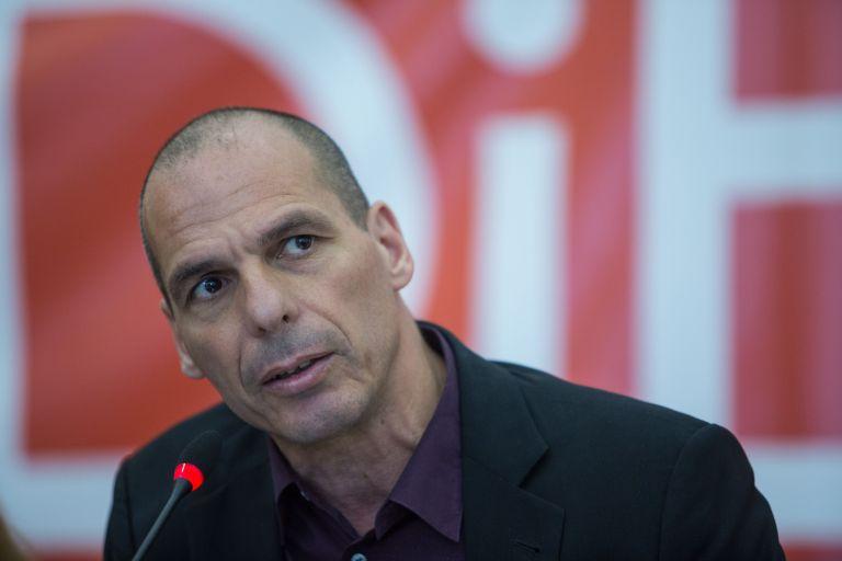 Γιάνης Βαρουφάκης: Είμαι πολύ απογοητευμένος από τον Εμανουέλ Μακρόν | tovima.gr