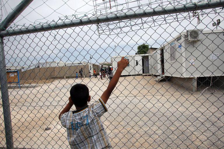 Συνήγορος του Πολίτη: Έλλειψη συντονισμού για το προσφυγικό   tovima.gr