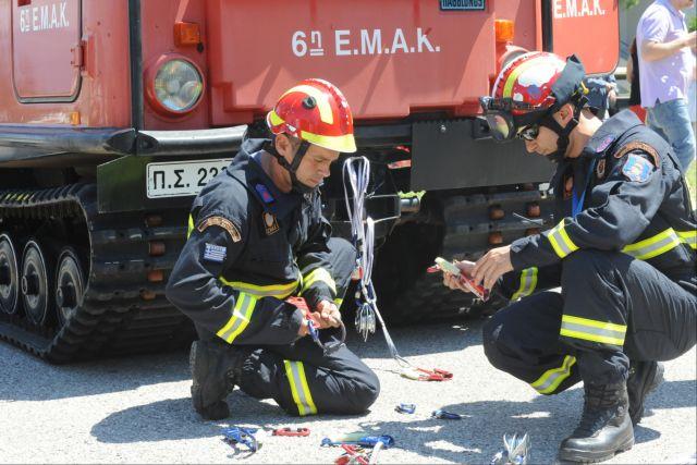 Νεκρός ο άνδρας που εγκλωβίστηκε κάτω από βαρύ όχημα | tovima.gr