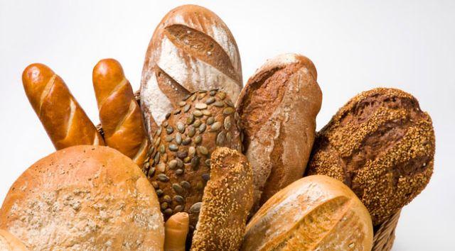 Μελέτη απαντά στο αν το λευκό ή το μαύρο ψωμί είναι πιο υγιεινό | tovima.gr