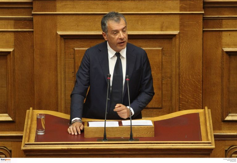 Σ. Θεοδωράκης: Σε προγραμματισμένη χειρουργική επέμβαση | tovima.gr