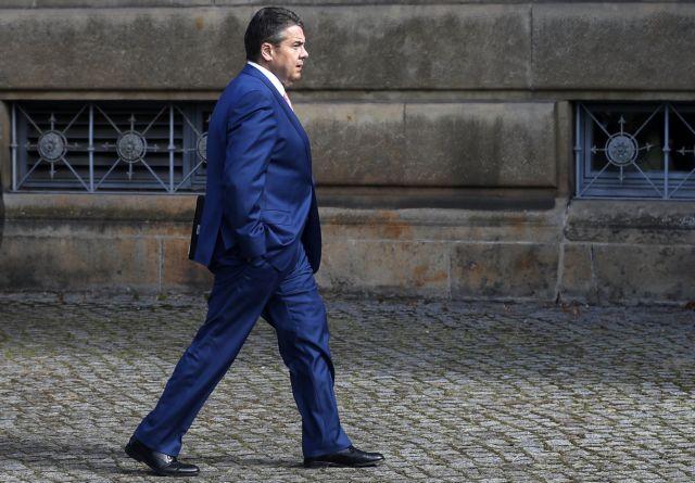 Βερολίνο: Αποδοκιμάστηκε η θέση της Μέι για σκληρό Brexit | tovima.gr