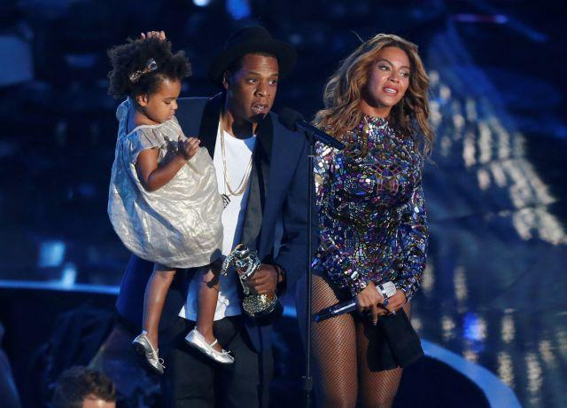 Η κόρη των Beyonce και Jay-Z πρόσφερε $19.000 σε δημοπρασία τέχνης | tovima.gr