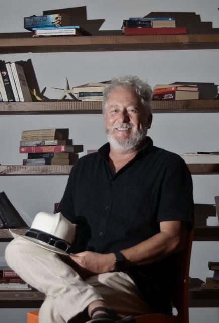 Εκτορ Αμπάδ Φασιολίνσε: Η αδικία εξόργιζε τον πατέρα μου | tovima.gr