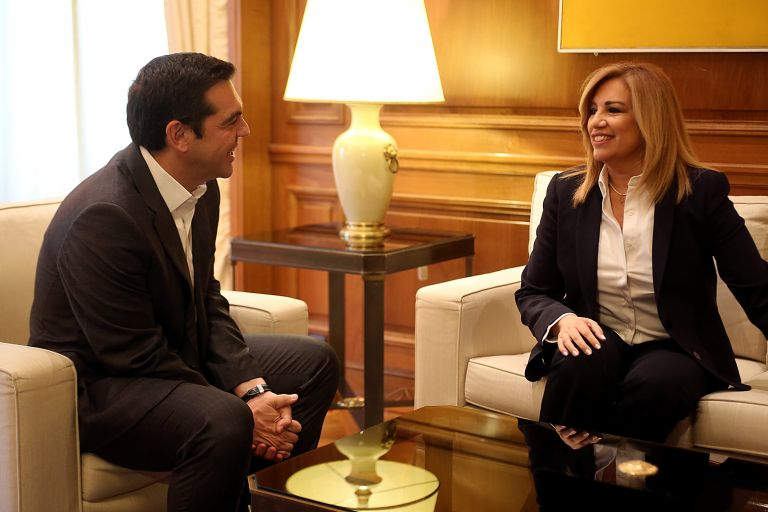 Tsipras, Gennimata discuss 'progressive' constitutional revision   tovima.gr