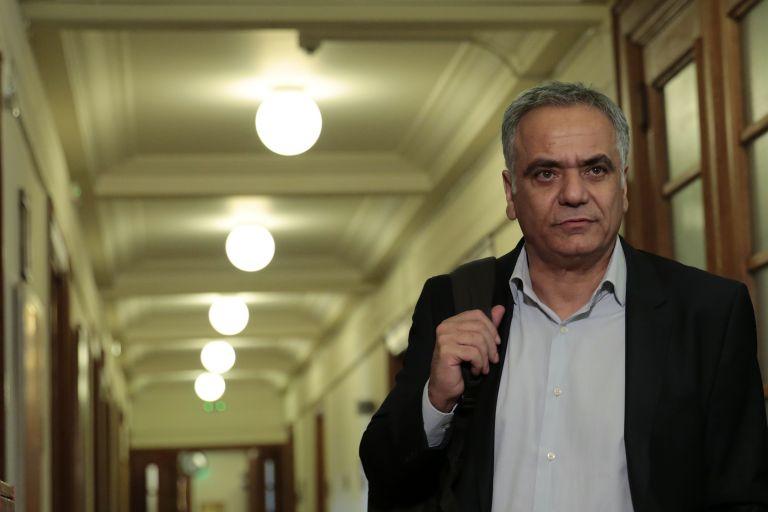 ΥΠΕΣ: Ολιγόμηνες συμβάσεις για 6.100 άτομα η λύση που προωθεί η κυβέρνηση | tovima.gr