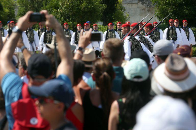 Ένωση Ξενοδόχων Αθήνας: Άνοδος σε πληρότητα και τιμές στο α' εξάμηνο | tovima.gr
