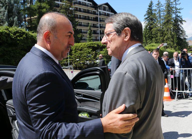 Κυπριακό: Θέμα συνομοσπονδίας ή δύο κρατών έθεσε ο Τσαβούσογλου | tovima.gr