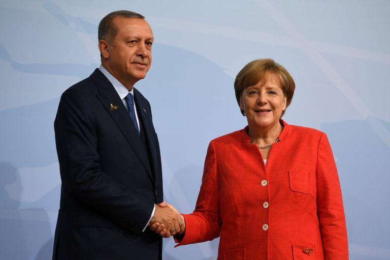 Μέρκελ σε Ερντογάν: Σημαντική για την Γερμανία μια ισχυρή τουρκική οικονομία   tovima.gr