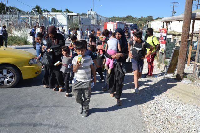 Ποιοι φταίνε που ξαναγεμίζουν τα νησιά πρόσφυγες | tovima.gr