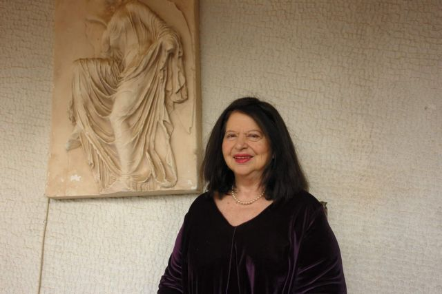 Nτόρα Μπακοπούλου: «Ας μη φοβόμαστε τη λέξη πατριωτισμός» | tovima.gr