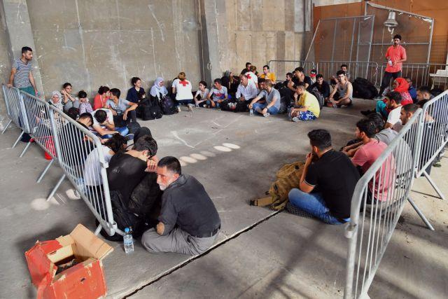 Στο Κατάκολο οι 61 πρόσφυγες που εντοπίστηκαν την Τετάρτη | tovima.gr