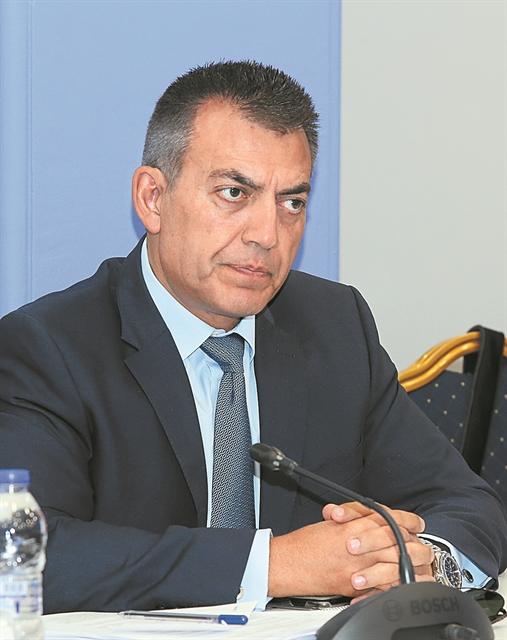 Mε βελτιωμένες διατάξεις το ασφαλιστικό στη Βουλή | tovima.gr