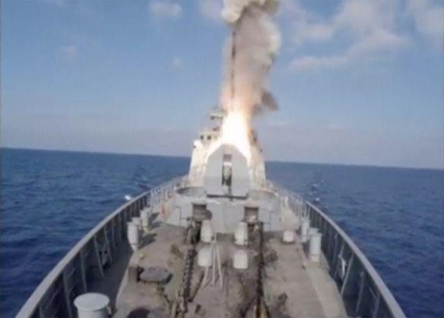 Αυξάνει τη δύναμη πυρός του στόλου στη Μεσόγειο ο Πούτιν   tovima.gr