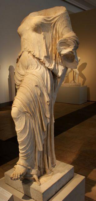 Το άγαλμα που λέει ιστορίες | tovima.gr