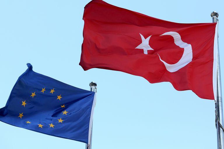 ΕΕ για Τουρκία: Αναφορά σε Αιγαίο – Α. Μεσόγειο και Ελληνες στρατιωτικούς   tovima.gr