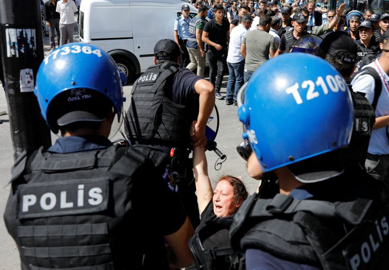 Τούρκος ΥΠΕΣ: Η αστυνομία να σπάει τα πόδια των εμπόρων ναρκωτικών   tovima.gr