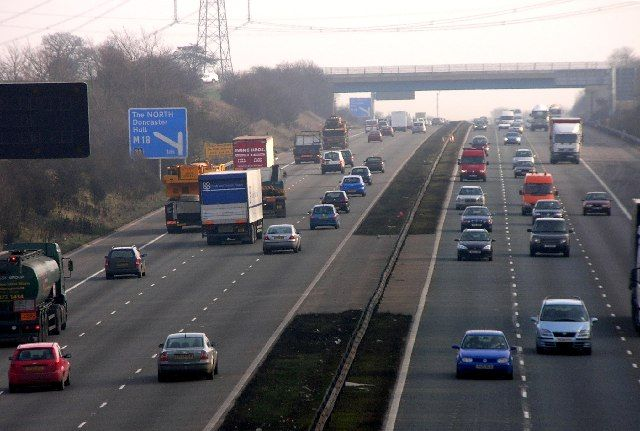 Βρετανία: Εκλεισε αυτοκινητόδρομος λόγω ύποπτου αντικείμενου | tovima.gr