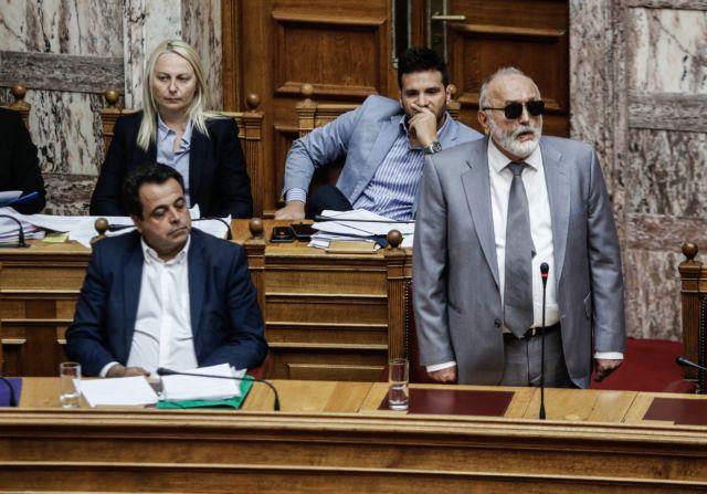 Βουλή: Σφυροκόπημα ΝΔ κατά Κουρουμπλή – Ζητά την παραίτησή του | tovima.gr
