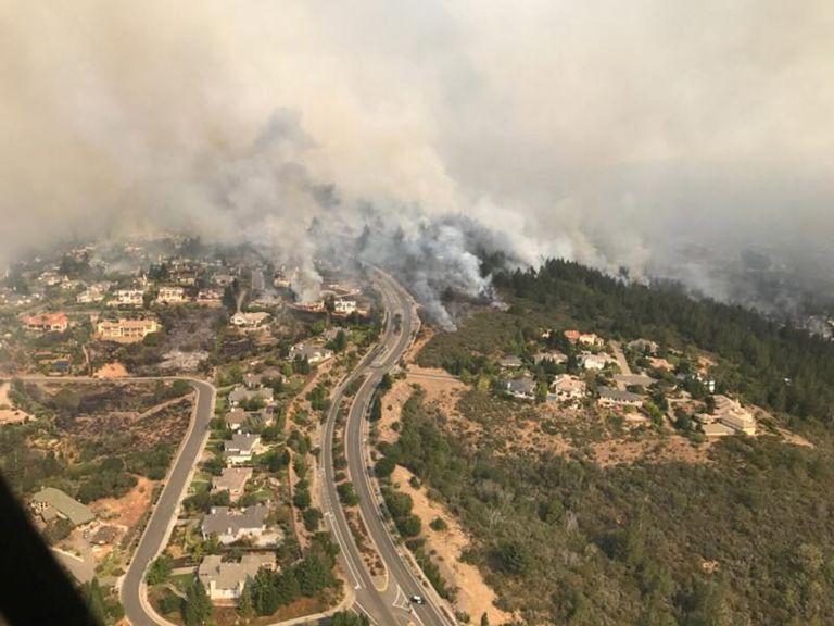 Καλιφόρνια: 11 οι νεκροί από τις πυρκαγιές | tovima.gr