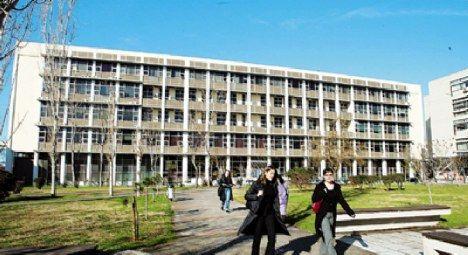 Θ.Λαόπουλος (ΑΠΘ):«Υποστήκαμε ένα είδος βίας από τους φοιτητές»   tovima.gr