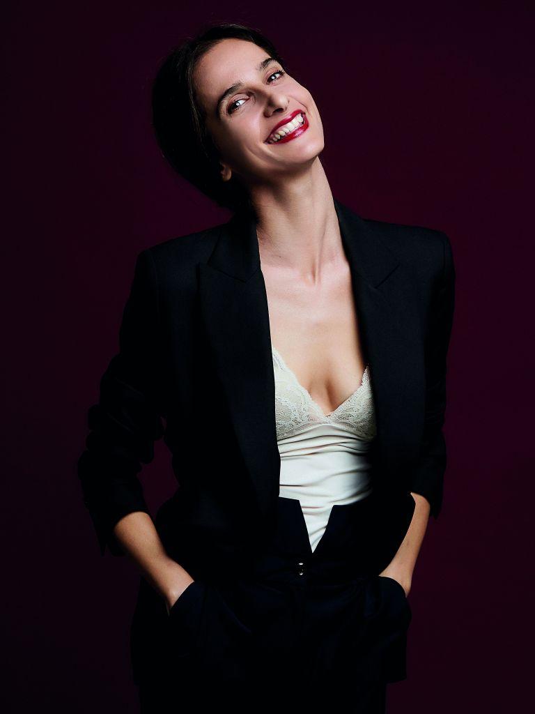 Μαρίνα Καλογήρου: «Ερωτεύτηκα τον Καζαντζάκη όσο η Ελένη που υποδύθηκα»   tovima.gr