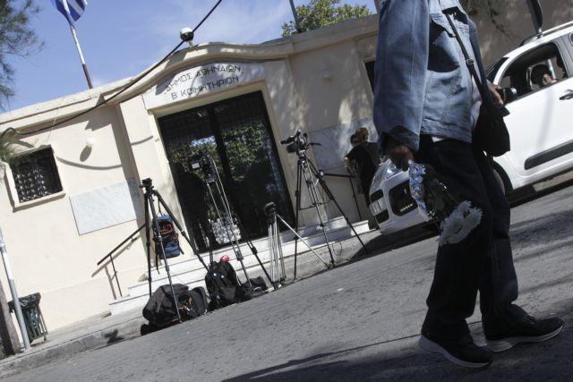 Τι ψάχνει η ΕΛΑΣ για την δολοφονία της 32χρονης εφοριακού στα Πατήσια | tovima.gr