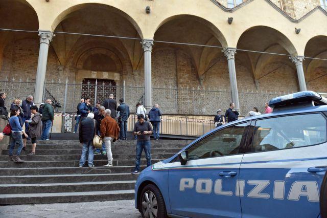 Ιταλία: Αποκολλήθηκε κίονας και σκότωσε ισπανό τουρίστα | tovima.gr
