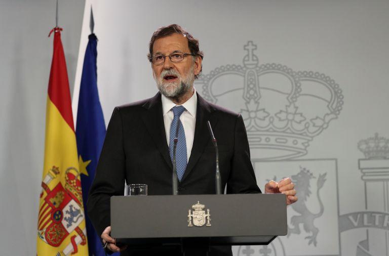 Ραχόι: Αποπέμπει τον Πουτζδεμόν – Εκλογές στις 21 Δεκεμβρίου στην Καταλωνία (videos) | tovima.gr