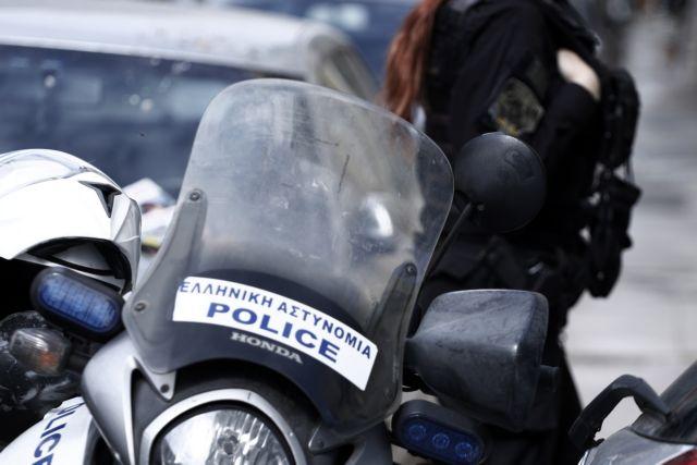 Ένας ανήλικος μεταξύ συλληφθέντων για διακίνηση ναρκωτικών στις Αχαρνές | tovima.gr